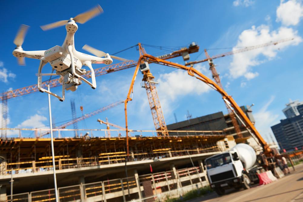 建設現場でのドローン活用のメリット・活用例